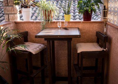 Table bar tabourets