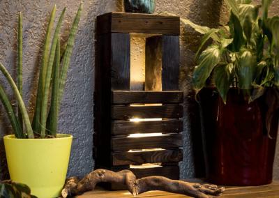 Lampe bois design #2 noire